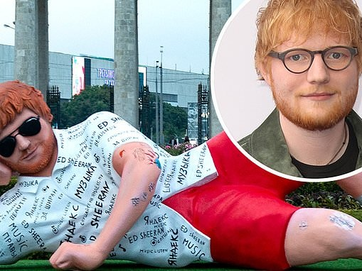 Ed Sheeran fans go wild as a huge 16ft statue appears in Moscow ahead of his first Russian gig