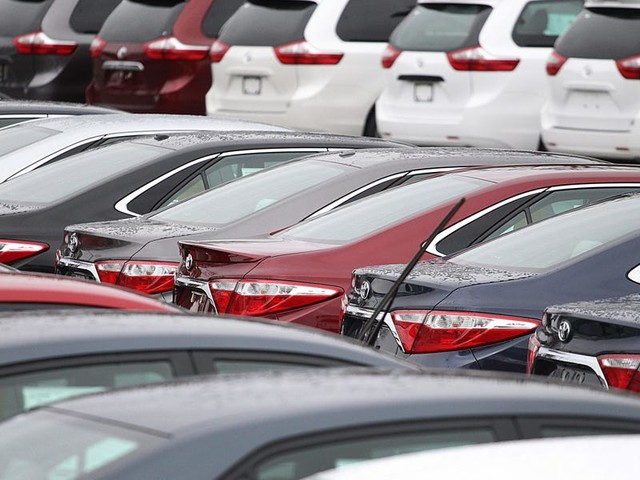 The chip shortage has left US car buyers scouring empty dealerships. That won't change anytime soon. (GM, F)
