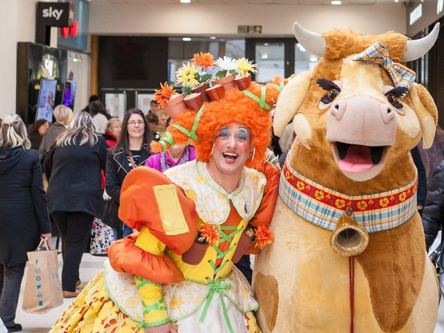 Panto comes to Kingsgate. Oh yes it does!