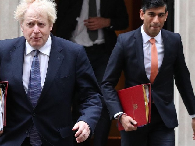 Boris Johnson Delays Social Care Plan Until Autumn After Ministers 'Pinged' For Covid