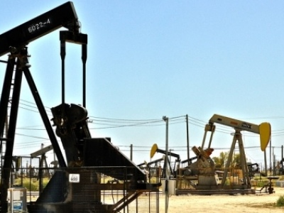 Unstoppable: U.S. Adds Oil, Gas Rigs As OPEC Extends Deal