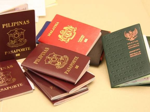 Ever wondered why passports come only in four colours? Here#39;s an answer