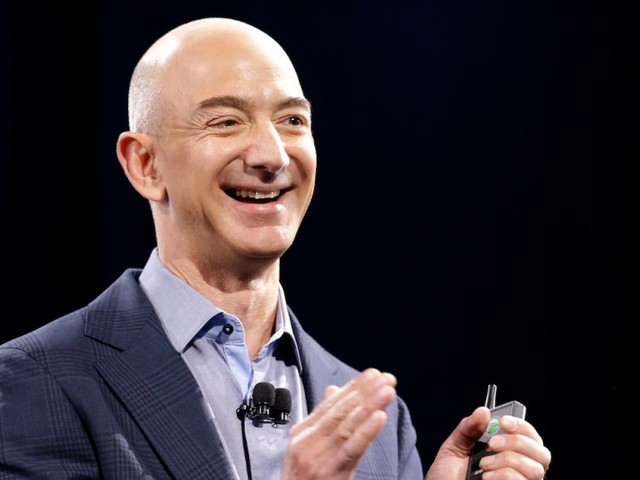 Amazon CEO and world's richest man Jeff Bezos avoids a common, time-wasting daily habit (AMZN)