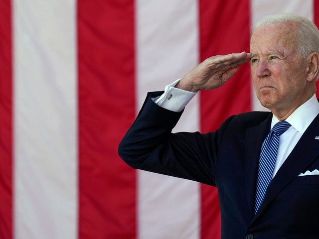 Biden honors fallen service members, defends 'right to vote freely and fairly' in Memorial Day speech