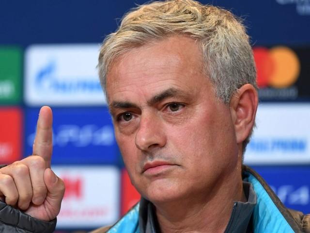 """Jose Mourinho """"forbids"""" Tottenham stars from watching Bayern Munich horror show"""