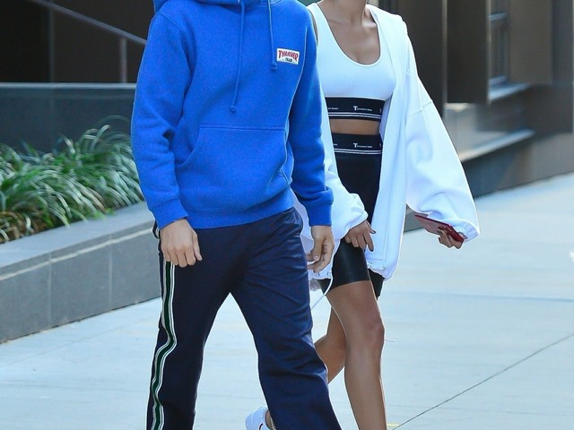 Justin Bieber dropped $500K on Hailey Baldwin's oval-diamond engagement ring