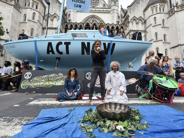 Extinction Rebellion block traffic across UK in 'summer uprising'