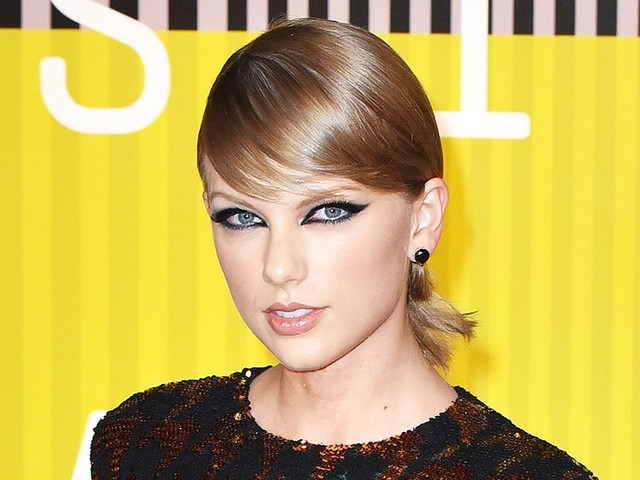 Taylor Swift Shares Another Cryptic Video of a Snake Ahead of Single Release