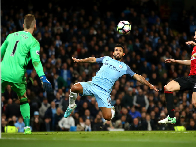 Etihad stalemate adds to top four tension for Man City and United