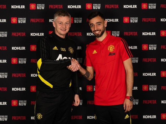 Man Utd offer first glimpse of new signing Bruno Fernandes in training ahead of Wolves clash