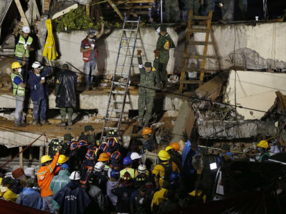 What now? Mexicans in shelters ask themselves after quake