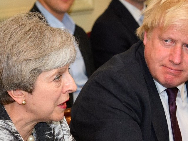 Theresa May to offer EU €20bn divorce bill after Boris backs down from resignation threat