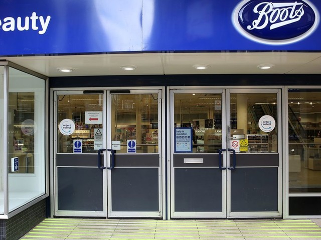 Man who shoplifted from Boots to pay his electric bill has been jailed