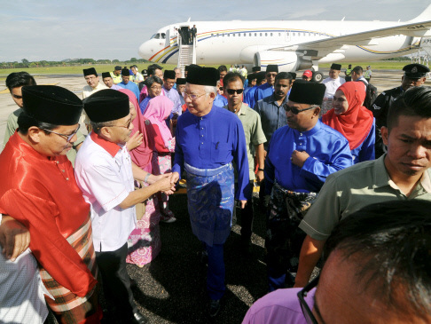 'Flower party' cannot match Umno's struggles for people's wellbeing: Najib