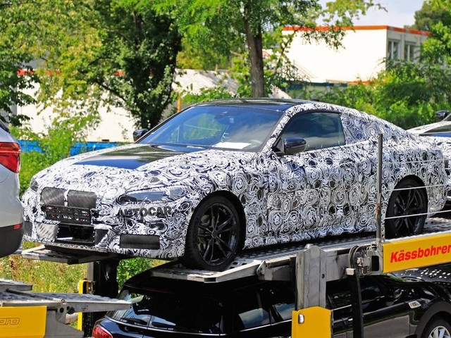 New BMW 4 Series Coupe spotted with minimal camouflage
