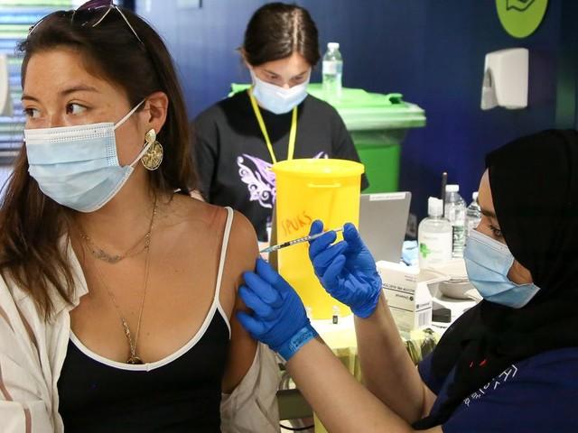 Covid Expert Shuts Down Worries That Vaccine No Longer Works