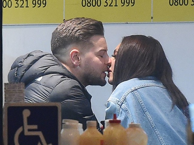 Jesy Nelson and Chris Hughes snog in a kebab shop confirming romance rumours