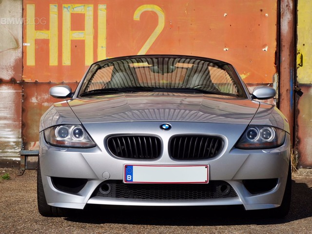 VIDEO: Check Out Why the BMW Z4 M Roadster is Better Than the Coupe