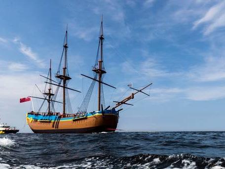 Replica of HMS Endeavour to sail around Australia on 250th anniversary of voyage