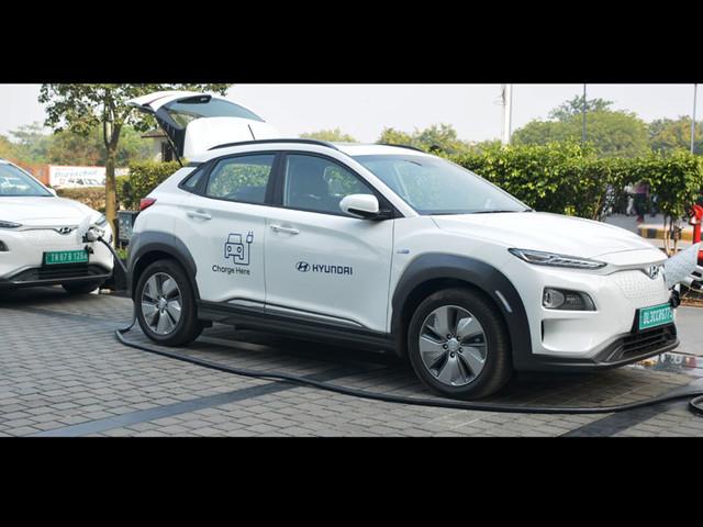 Hyundai introduces Vehicle to Vehicle charging facility
