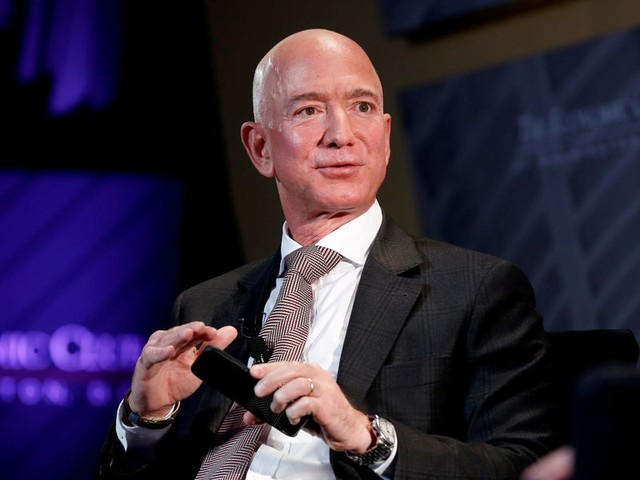 Amazon's annual filing reveals it loaded up on private-company stock while scaling back acquisitions last year — a change that may help as regulators crack down on the tech giant (AMZN)