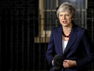 Theresa May urges Conservative Party to seize 'golden opportunity' of net zero
