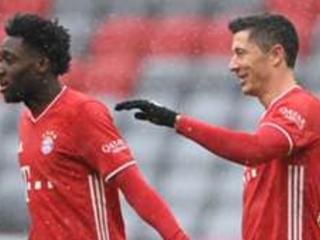 LIVE: Bayern Munich vs Freiburg