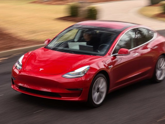 Tesla is killing its potential profit margins with the Model 3 (TSLA)
