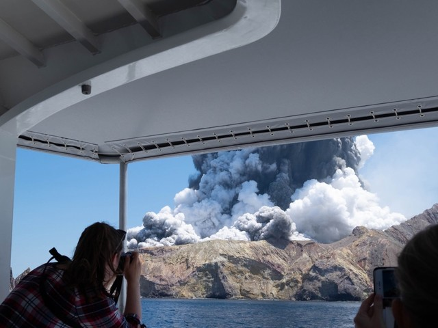 Five dead after sudden volcanic eruption in New Zealand