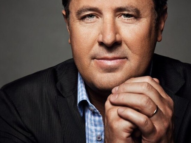 Vince Gill, Emmylou Harris, Luke Combs and Sheryl Crow to Come Together for All for the Hall