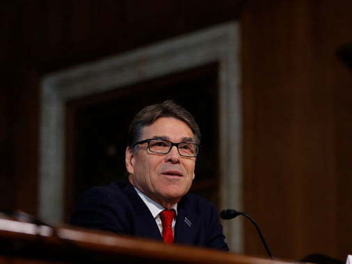 Energy Secretary Perry agrees to extension on pro-coal, nuclear rulemaking