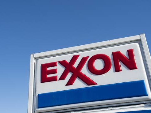 Exxon Mounts Challenge To Russia Sanction Fine: $2 Mil To Lawyers!