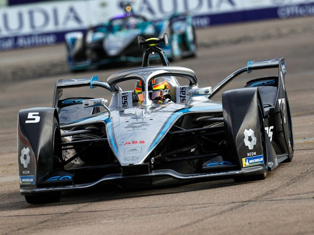 Mercedes to quit Formula E in end 2022