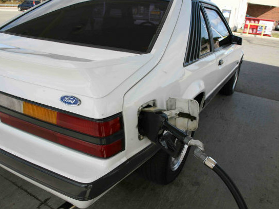 Analyst Predicts EVs Will Cause Oil Prices to Dip to $10 a Barrel