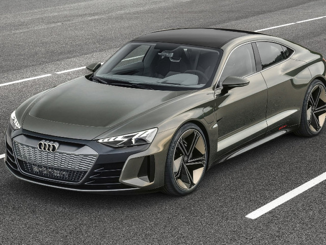 Audi RS e-tron GT in the works