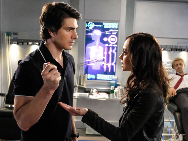Brandon Routh and Courtney Ford to Exit DC's Legends of Tomorrow