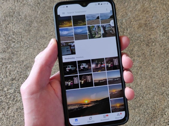 How to save images in Google Photos to your iPhone and access them in the Photos app