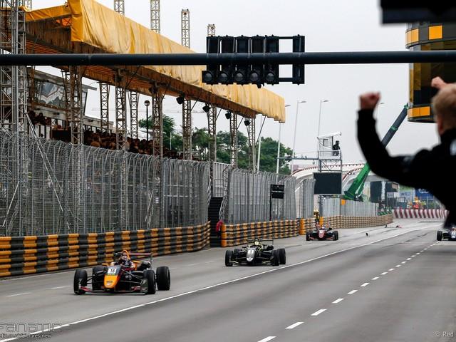 Leaders crash out at final corner in sensational Macau Grand Prix | Weekend Racing Wrap