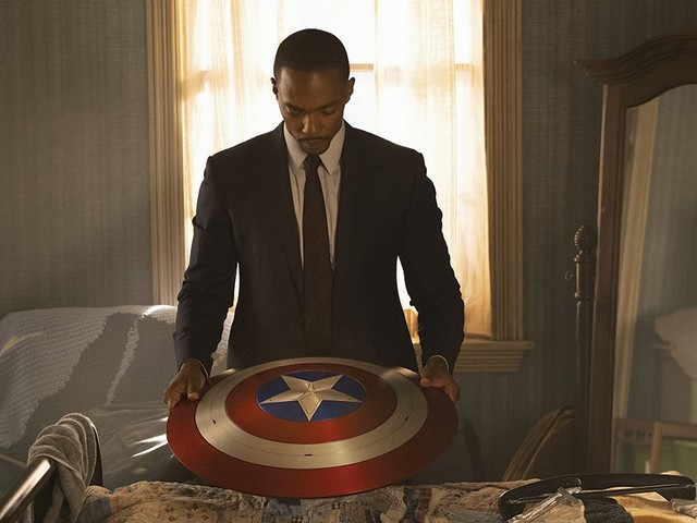 'The Falcon and the Winter Soldier': Anthony Mackie 'Felt Every Emotion' the First Time He Suited Up as Captain America