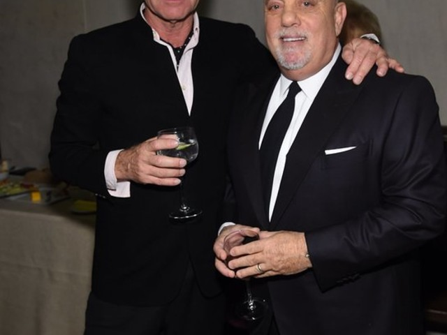 2017 New York Gala Raises Over $4.4 Million For The Elton John AIDS Foundation