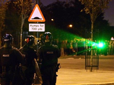 Government considers licensing laser pens after increase in attacks