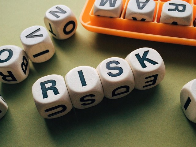 Can people learn to embrace risk?
