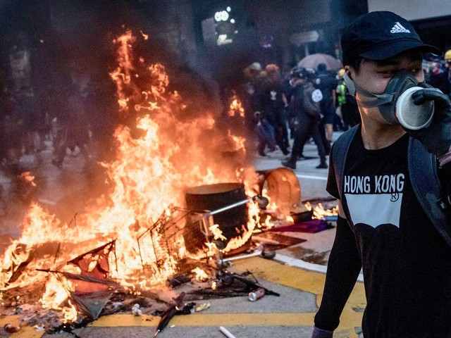 The 2019 Hong Kong protests, explained in 30 seconds