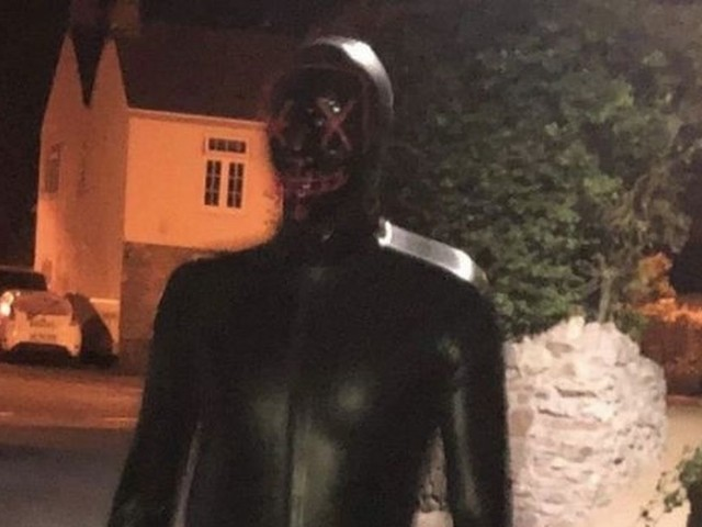 Police to review all calls to local area as hunt for man in gimp suit intensifies
