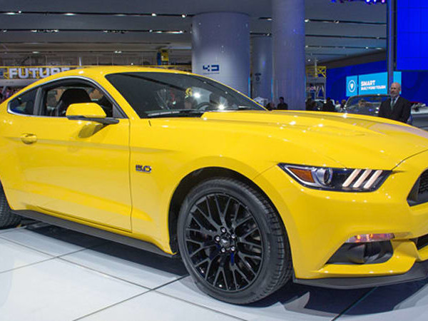 Ford opens order banks for 2015 Mustang, pricing starts at $24,425*