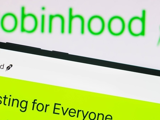 Redditors are pledging to avoid Robinhood's IPO, even as the company goes out of its way to lure day-trader interest