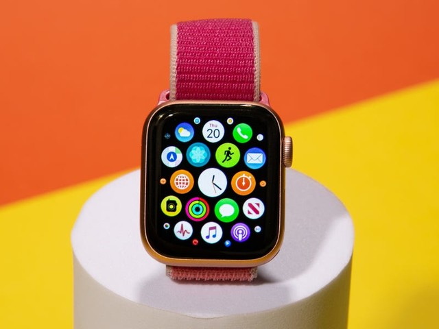 Now is the worst time to buy a new Apple Watch (AAPL)