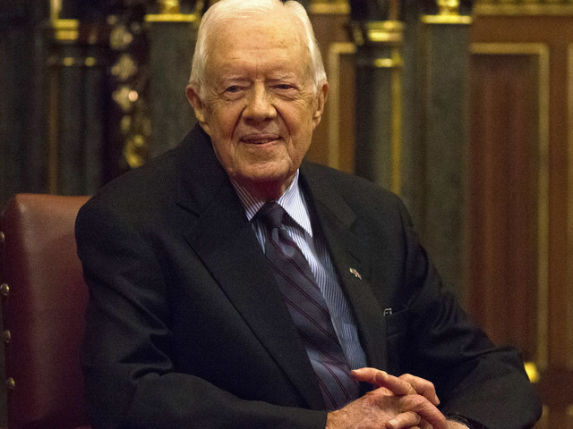 Jimmy Carter Shakes Hands With Every Passenger On Flight To Washington