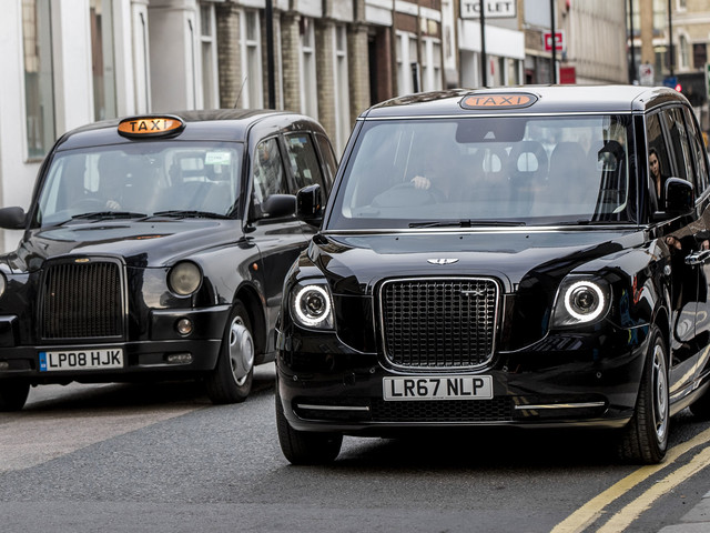 First LEVC TX London black cab now operational in capital