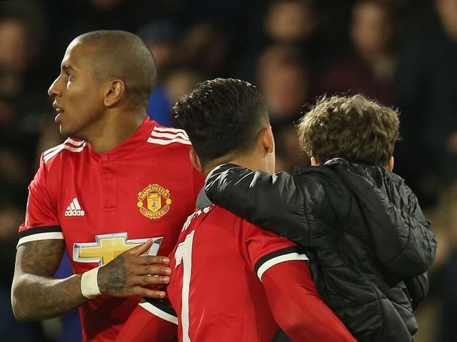 Manchester United player Young reveals the Alexis Sanchez partnership that excites him